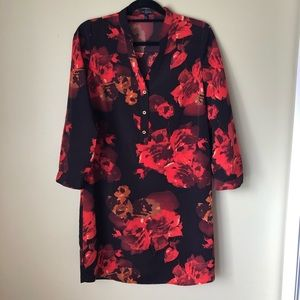 THE LIMITED RED FLORAL PRINT DRESS SZ M
